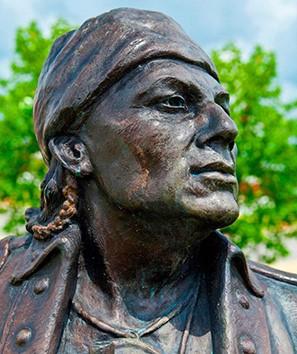 Piominko statue (Chickasaw Hall of Fame: https://hof.chickasaw.net/Members/2010/Piominko.aspx)