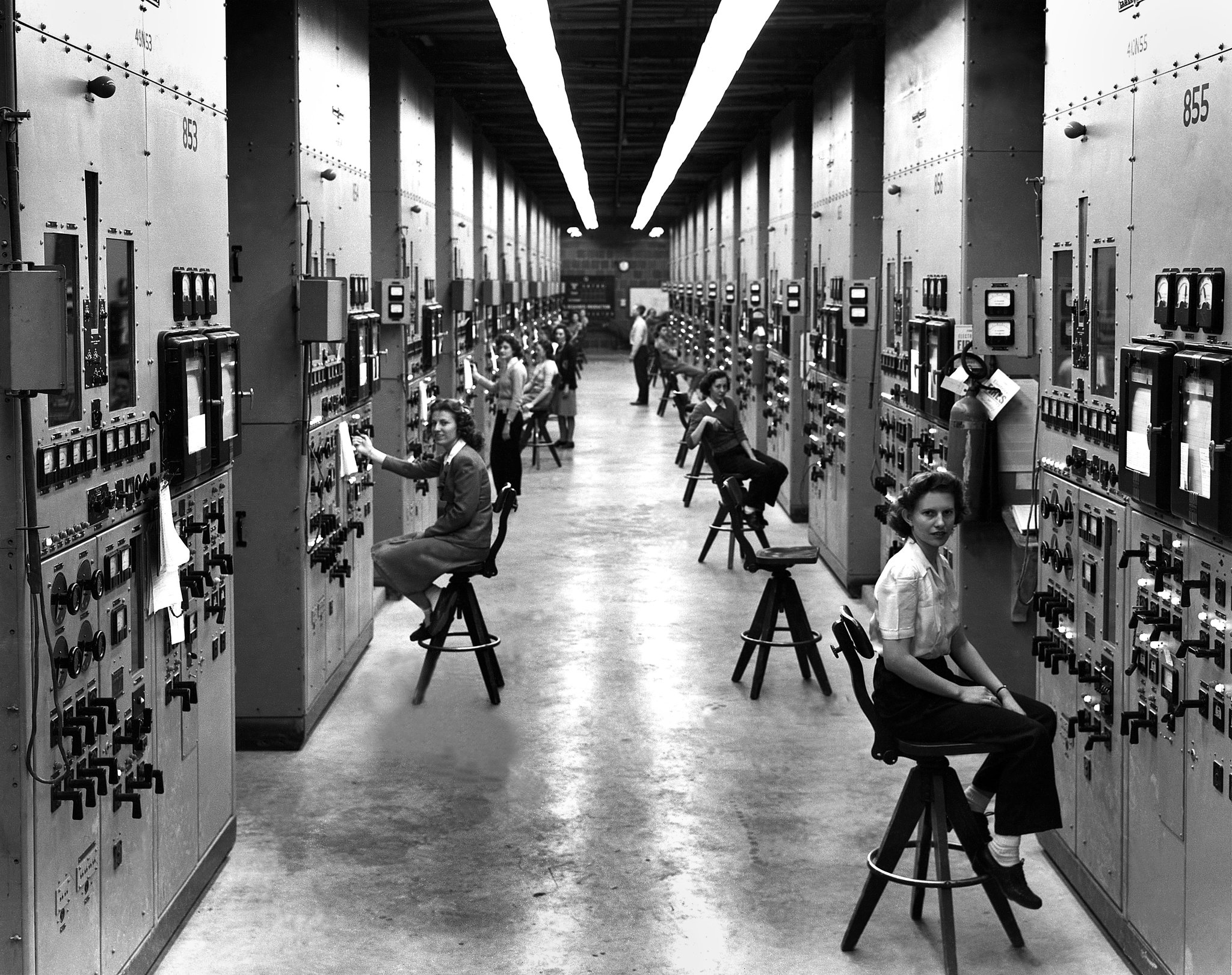 Women at their stations in the calutron, where uranium isotopes were separated. Credit: Ed Westcott/United States Department of Energy, Oak Ridge
