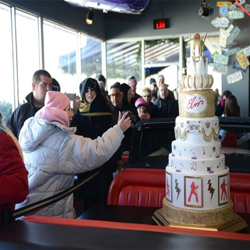 Fans snapped photos of the birthday cake on January 8.