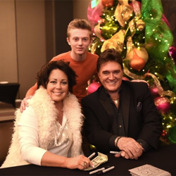 TG Sheppard and his wife, Kelly Lang, met with fans after the Elvis Birthday Brunch.