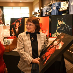 Elvis artist Betty Harper met with fans during the Elvis Birthday Celebration at The Guest House at Graceland.