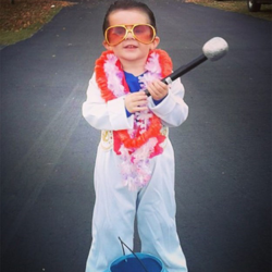 Mason - dressed as the king - is ready to go trick or treating!