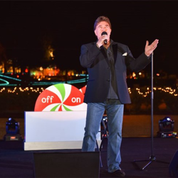 "T.G. Sheppard performed ""Mary, Did You Know?"" at the Lighting Ceremony."