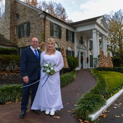 Mark and Tracey Barber of New Zealand were married at Graceland's Chapel in the Woods on December 17, 2016.