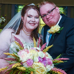 Shelby and Josh Queen from Dayton, Ohio were married on May 5, 2015, at Graceland.
