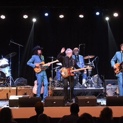 Marty Stuart & His Fabulous Superlatives performed with Sun Records drummer W.S. Holland.