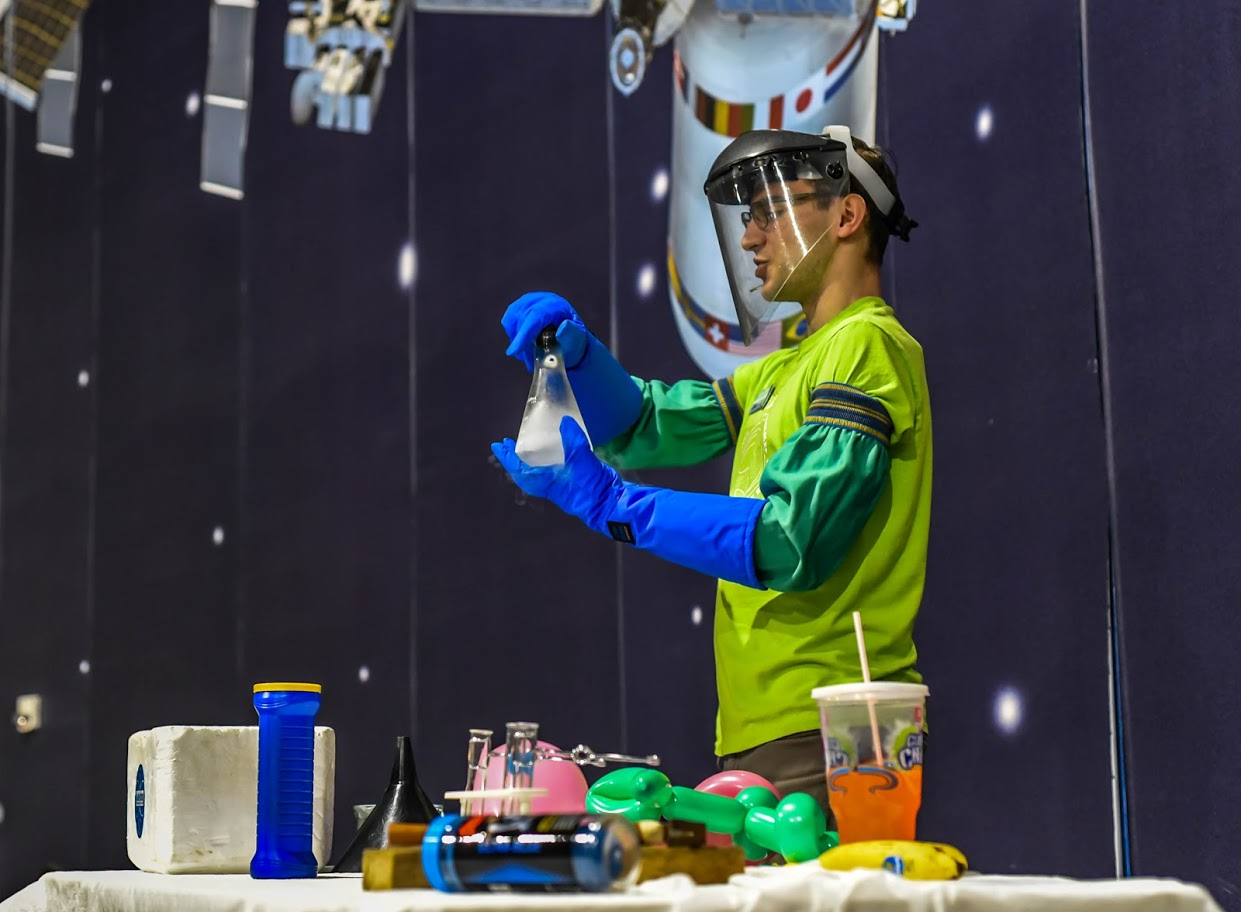Science Floor Show