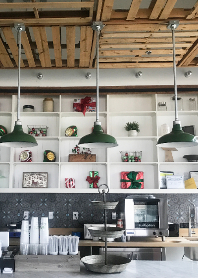 Interior Picture of Cheffie's Shelby Farms Location