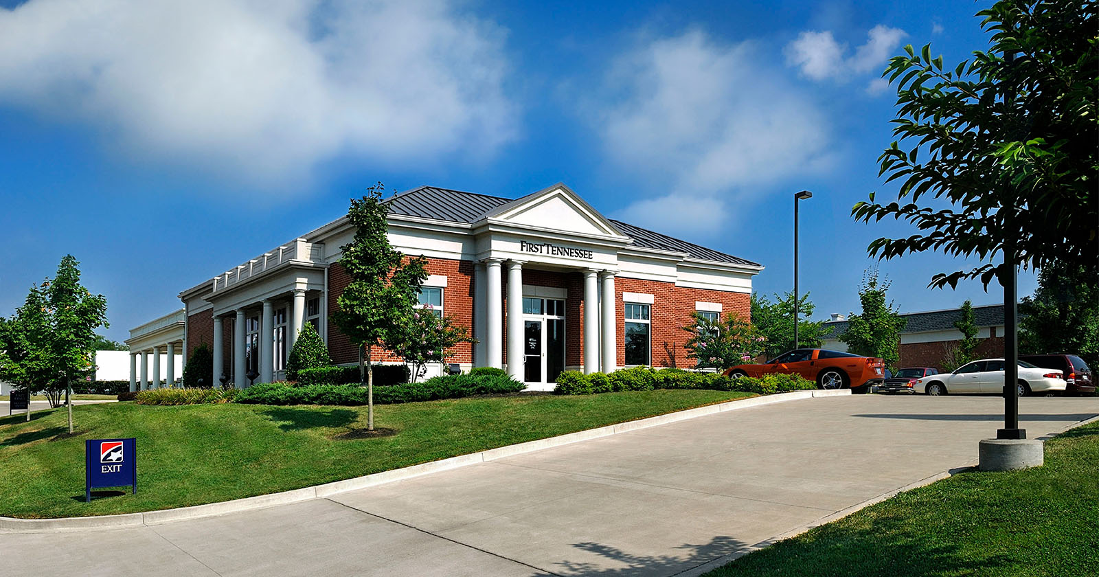 First Tennessee Bank - Gallatin, Gallatin, TN