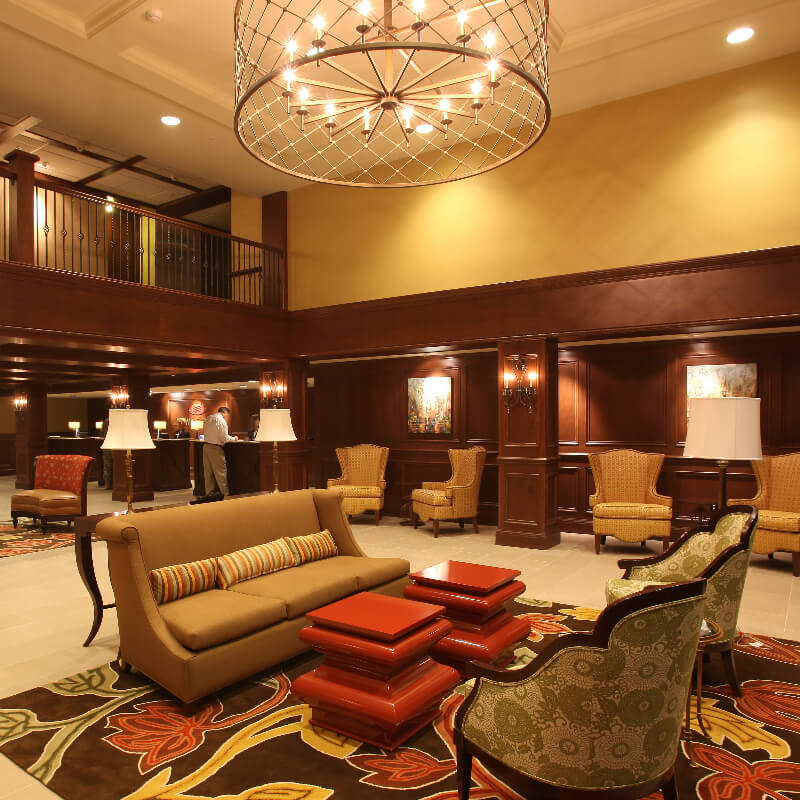Crown Plaza Louisville Airport Lobby